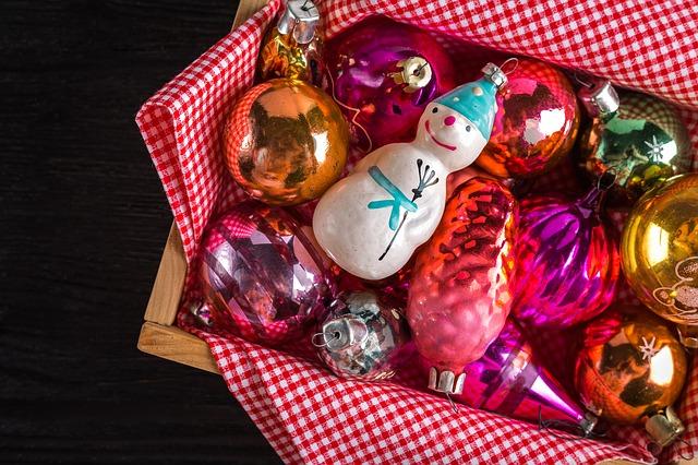 рождественские украшения-1934945_640