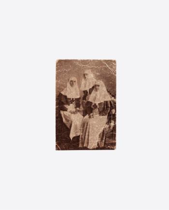 """Почтовая карточка """"Императрица и Великие Княжны"""", 1914г., фото Штейнберг Я.В."""